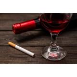 Ученые установили «сигаретный эквивалент» бутылки вина