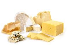 Эксперты рассказали о плюсах жирного сыра